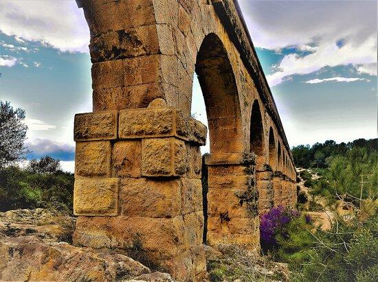 Tarragona, Tây Ban Nha: Aquedecte de les Ferreres (1)