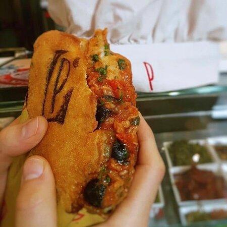 ==PANZAROTTI== Food Beers & More  Milano - v.le Bligny, 1 #panzerotti #panzarottimilano