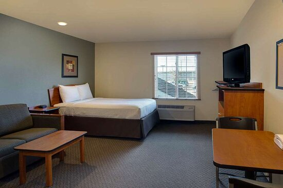 Camp Springs, MD: Guest room with added amenities