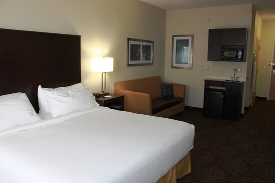 King Suite Hear Mobility Accessible Room