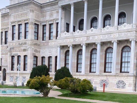 Istanbul Resim Ve Heykel Muzesi, Mimar Sinan Guzel Sanatlar Universitesi
