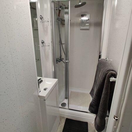 standard/small double room en-suite