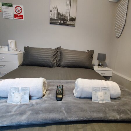 standard/small double room