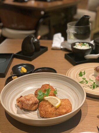 A Wonderful Visit to Izikaya by Oku