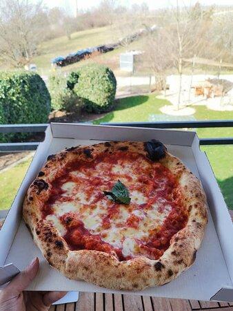 Ubstadt-Weiher, Deutschland: Pizza Margherita