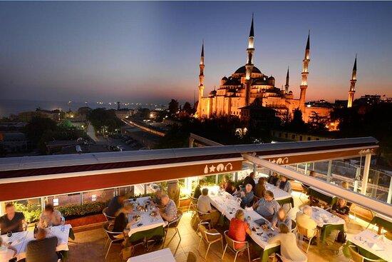 Enjoy your night in Blue House Restaurant !
