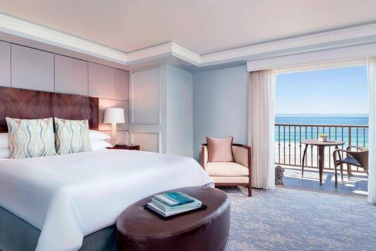 Ritz-Carlton Suite Master Bedroom