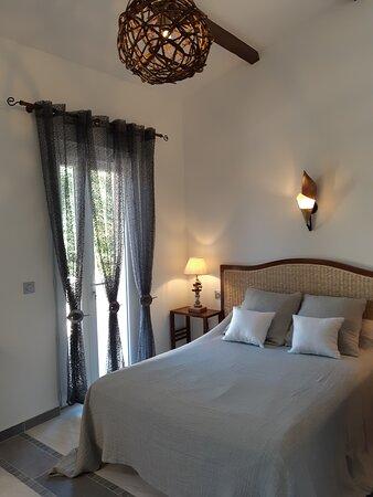 Chambre Bali donnant sur terrasse