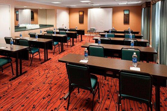 Meeting Room- Classroom Setup