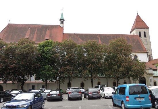 Regensburg - Alter Kornmarkt mit der Alten Kapelle