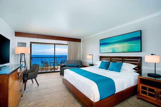 Deluxe Ocean Front King Guest Room