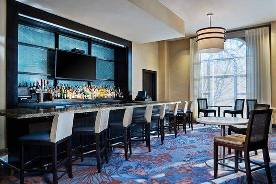 Azure Bar & Lounge