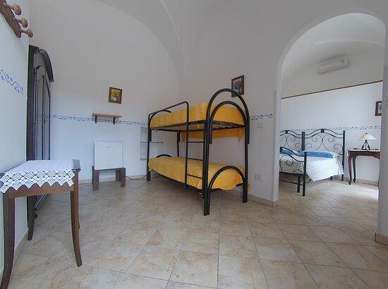 I nostri prodotti - Picture of Azienda Agrituristica Masseria La Verna, Patu - Tripadvisor
