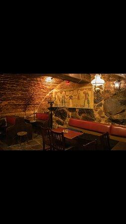 700 old bar