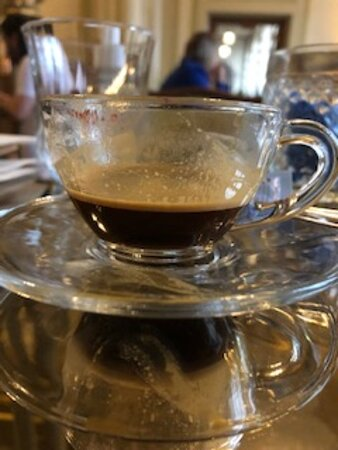 "este foi o ""café"" que custou R$ 7,90."