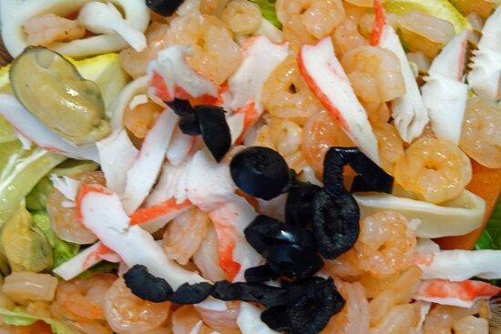 Wood Ridge, NJ: Seafood Salad With Option For Extra Shrimp