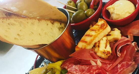 Sensational sharing platters at The Ox South Zeal