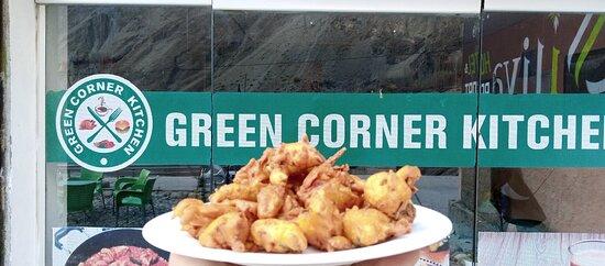 Ghulkin, ปากีสถาน: Green Corner Kitchen Hunza