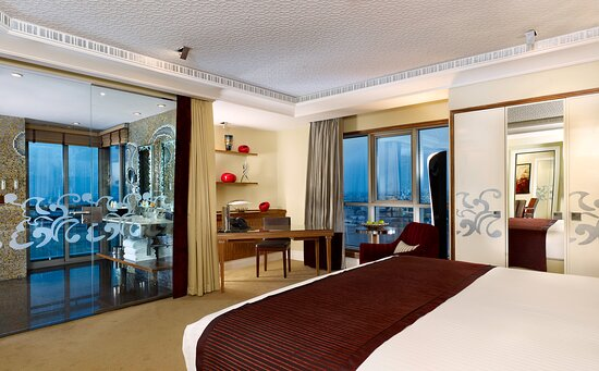 Large Bedroom at Club InterContinental Signature Two Bedroom Suite