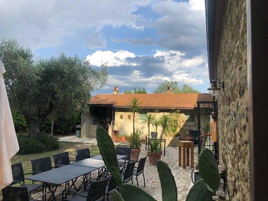 Montemassi, Italie: Garten