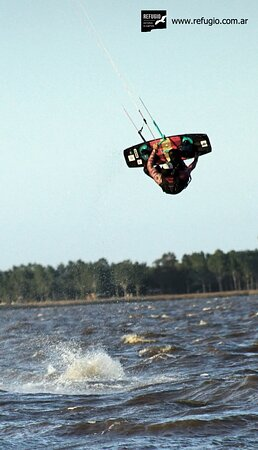 Clases de Kite Surf. Contacto 2227 488989