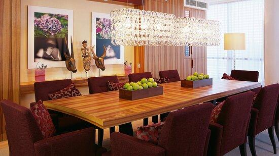 Beautiful Living Room of Presidential Suite