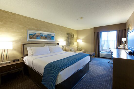 Enjoy our completely renovated guest rooms.