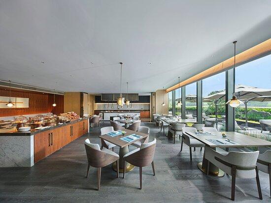 Club InterContinental Live Kitchen