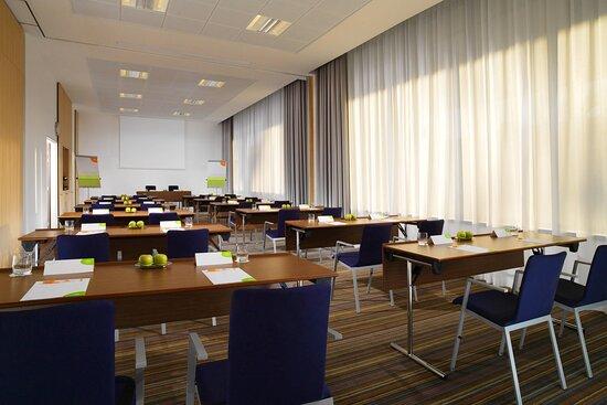 Cypres Meeting Room - Classroom Setup