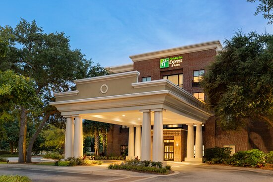 Holiday Inn Express Hotel & Suites Mt Pleasant-Charleston