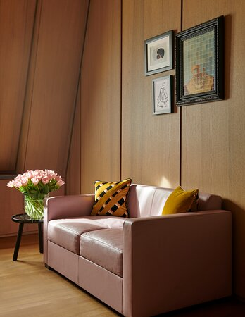 Hotel Cafe Royal Deluxe Guestroom Restyled