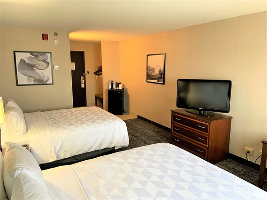 Two Queen Beds - Standard Room with Refrigerator