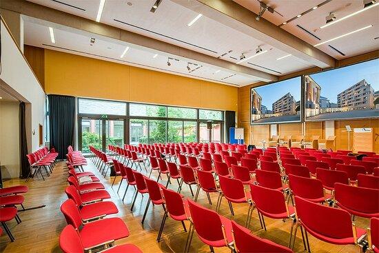 Auditorium A+B