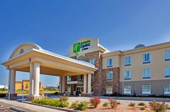 Holiday Inn Express & Suites East Wichita I-35 Andover, an IHG hotel