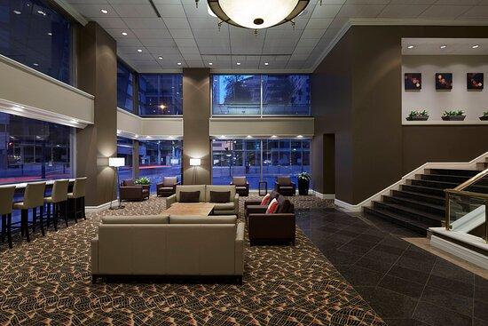 Delta Hotels by Marriott Montreal, hoteles en Montreal