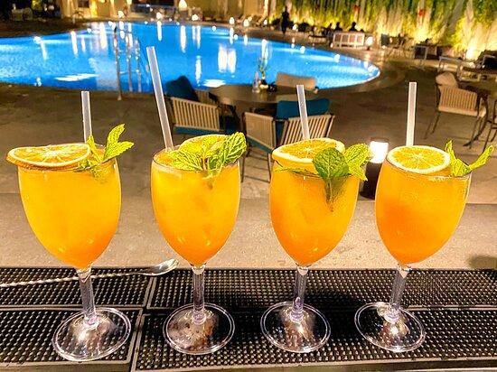 Ri Bar & Lounge