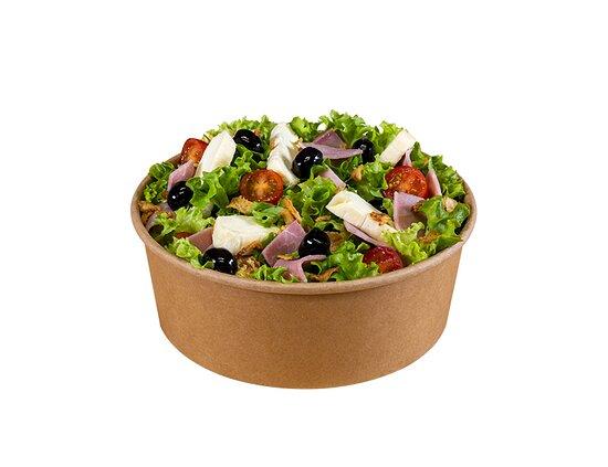 Beaupréau, France: Salade Sainte-Marcelline