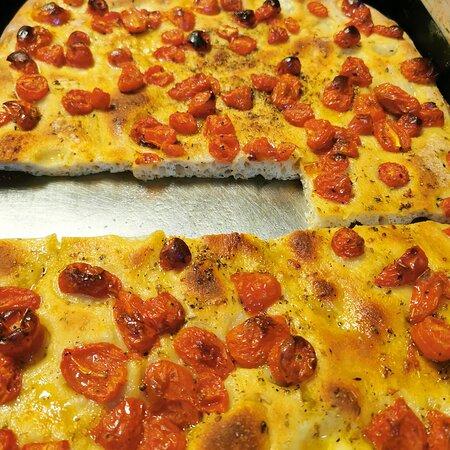 Cagliari, Ý: Pizzeria Da Tarcisio pizza ottima