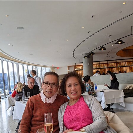 Spent Valentine's Day Lunch at this very high end restaurant at Hudson Yards with delicious food and drinks