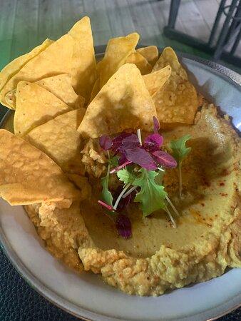 Hummus with crispy tortilla chips