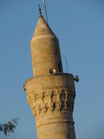 Ak Minare Camii 2