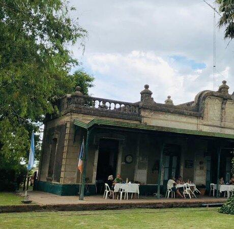 Gouin, Argentina: Restaurante La Estacion