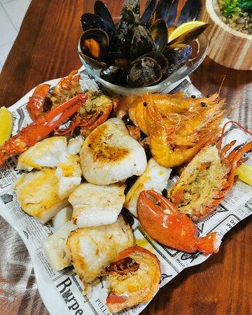 Parrilada especial de pescado y marisco