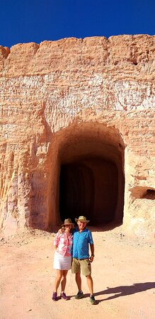 Coober Pede Tour with local guide