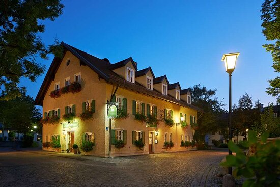 Classik Hotel Collection Munich Martinshof Front View Night Web