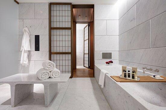 Hotel Cafe Royal Royal Suite Master Bathroom