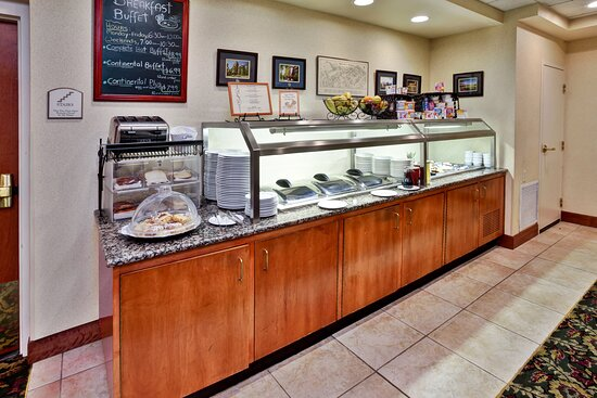 Mallett's Creek Bar and Grille Breakfast Buffet