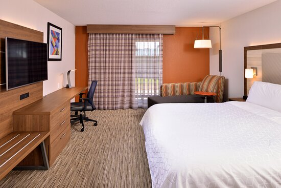 Holiday Inn Express McKinleyville