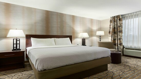 All Guest Rooms Newly Renovated in 2016