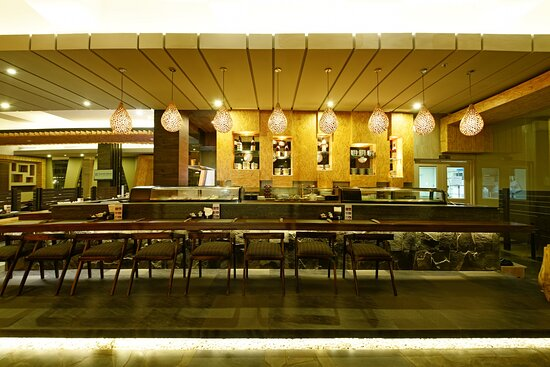 Holiday Inn Cikarang Jababeka Delizio International Restaurant